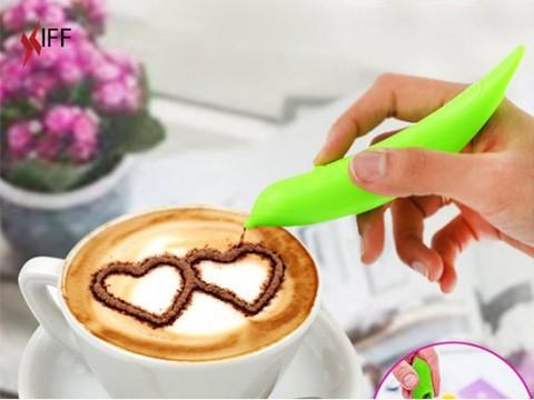 قلم الرسم على القهوة