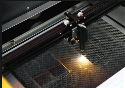 برنامج و ماكينة قص بلاستيك حماية شاشة الجوال