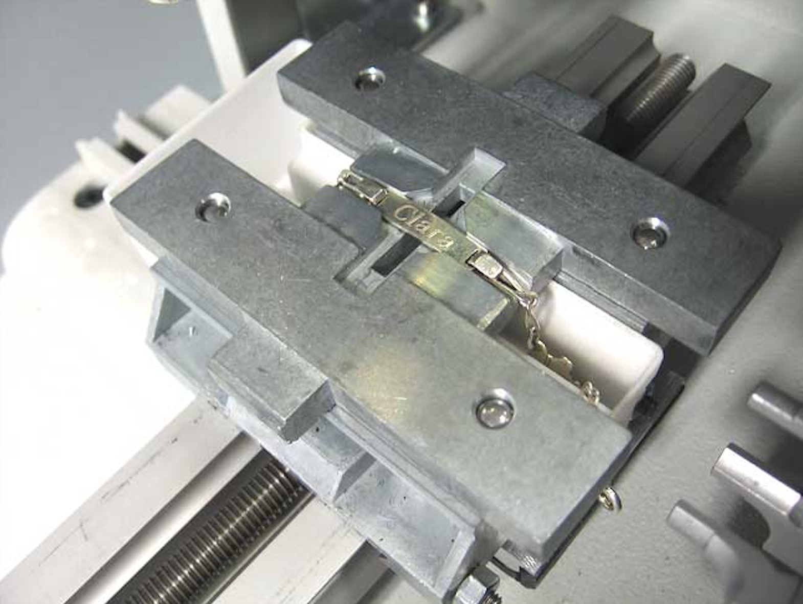 M20 Gravograph engraving bracelet