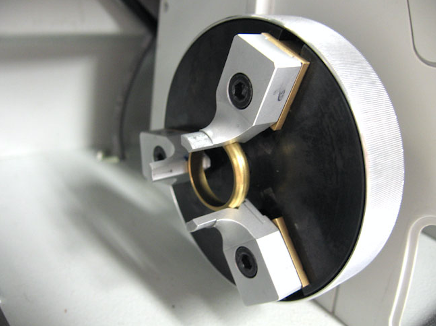 M20 Gravograph  engraver ring engraving